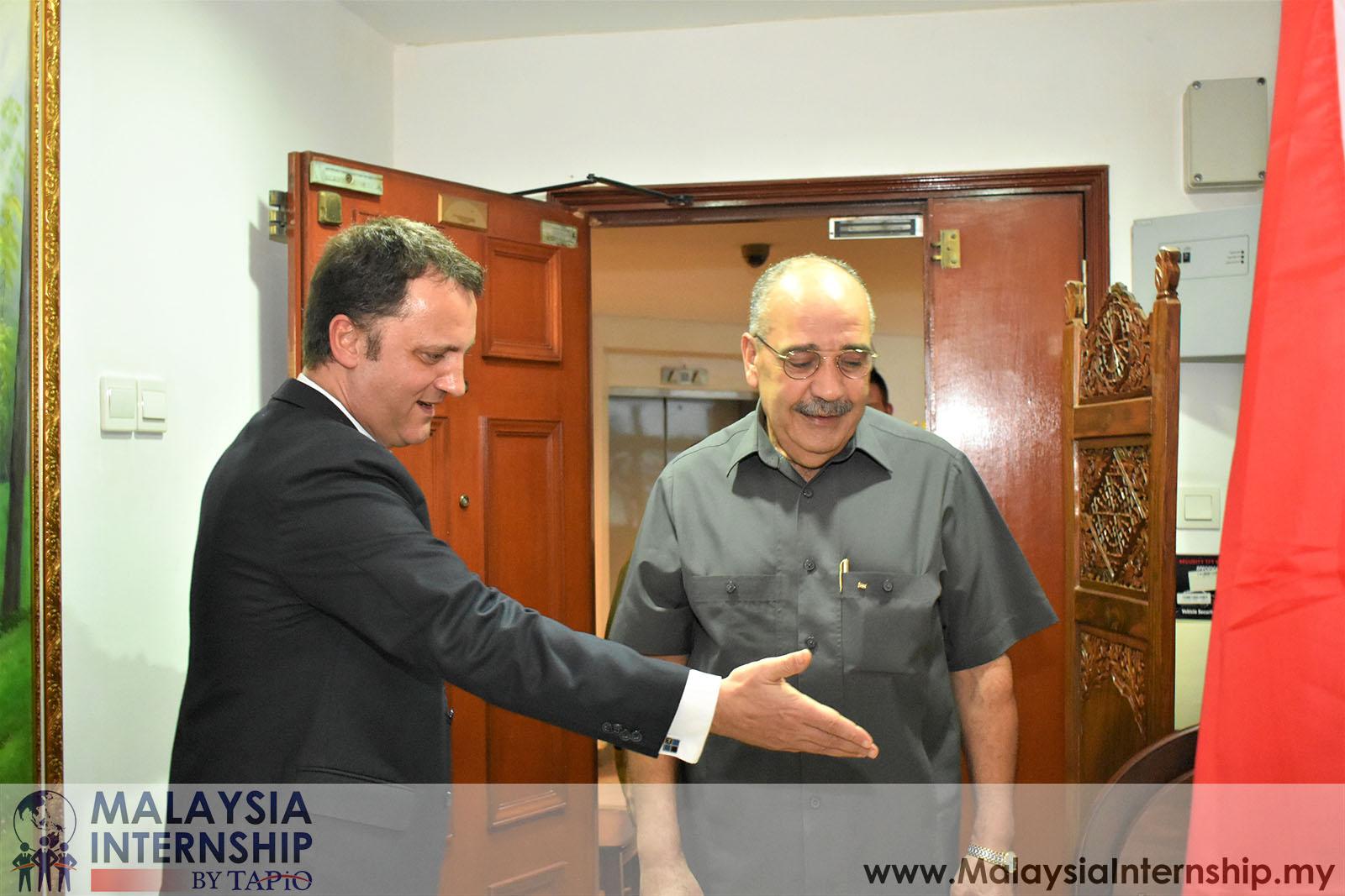 Wednesday Club with H.E Ambassador Walid Abu Ali - 09/05/2019
