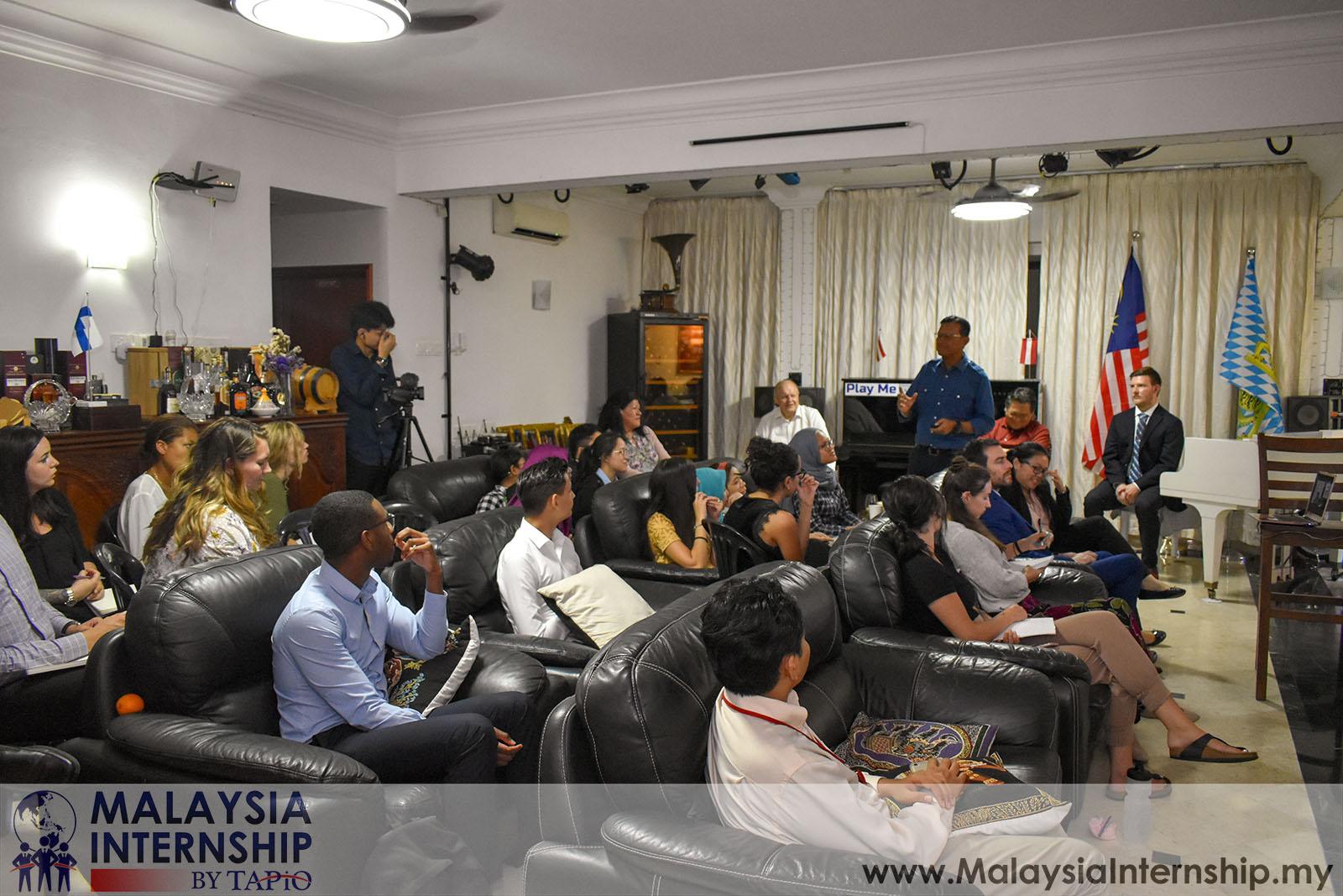 Wednesday Club with Dato' Sri Ahmad Shabery - 15/05/2019